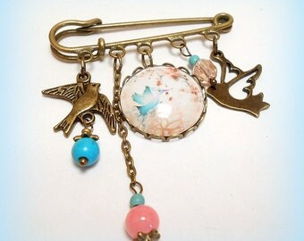 """My beautiful Bluebird"" glass cabochon brooch"