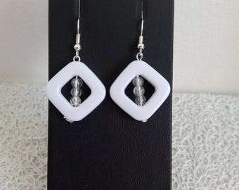 Earrings White Pearl and transparent