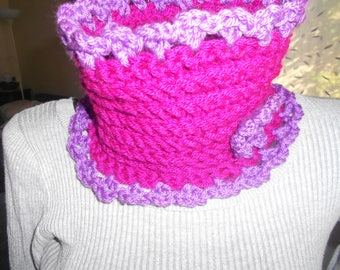 snood neck fuschia soft and warm for baby or fillettte child