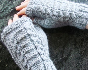 Diana mittens in light grey Alpaca - OOAK