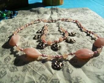 """finery """"Cherub"""" (necklace and bracelet) modern, pastel (Pink)"""