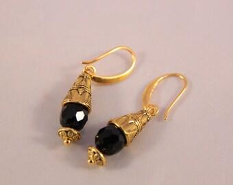 Beautiful black Crystal beads earring tribal style, 38 mm