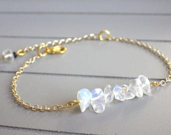 Gold plated bracelet 18K and semi precious stones of Opal - (adjustable)