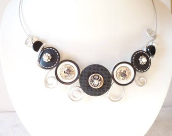 Necklace made with buttons, black and white