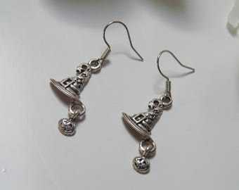 Witch Hat earrings