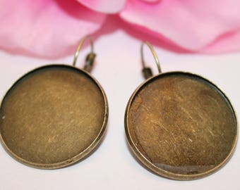 10 pairs of earrings sleepers Bronze SC61876 25mm cabochon