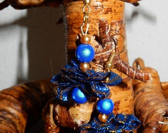 Accordion Ribbon and beads earrings
