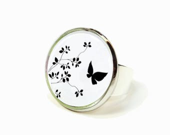 Ring flowers Butterfly black white cabochon ● ●