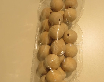 25 wooden beads 25mm raw