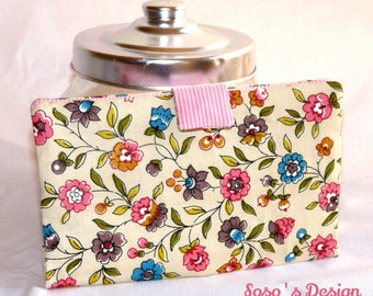 Portfolio Portecarte Portechequier, purse accessory 4 in 1 with pink and blue flowers on beige background
