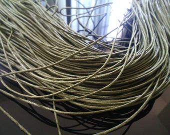 2 METERS OF 0.7 MM KHAKI GREEN WAXED CORD