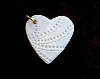 Ceramic porcelain heart etched engraved pendant heart porcelain necklace pendant