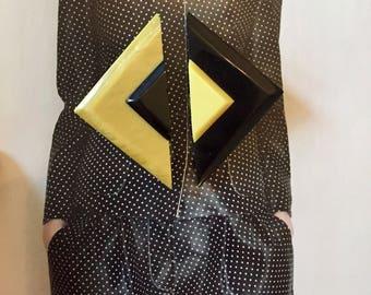 Art Deco - two-tone diamond bakelite belt buckle