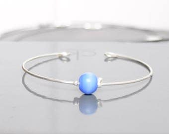 Bracelet metal and Pearl electric blue