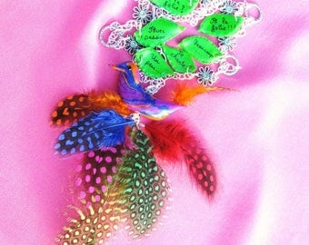 Colorful and cheerful necklace * dare the birdie *.
