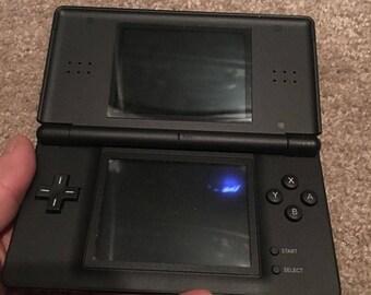 DS Lite Matte Blk unit, Switch N Carry Case - Red / Black & 4 DS Games *Bundle*