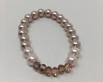 Beautiful Beaded faceted and pearl bracelet