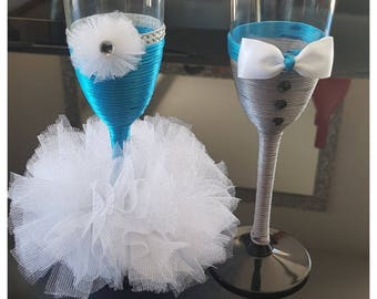 Wedding champagne Flutes customizable for your wedding table decoration