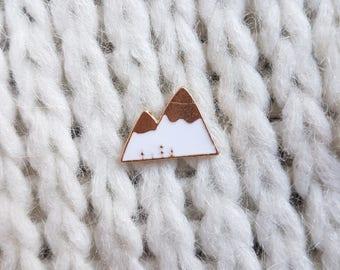 Enamel pin, badge, button, white mountain