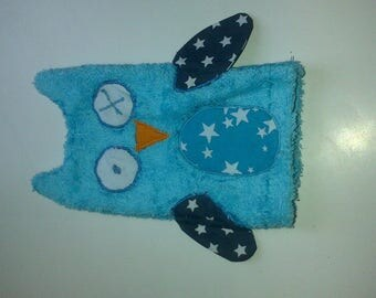 Washcloth for baby or child in the shape of OWL