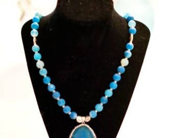Turquoise round Agate Necklace Pendant
