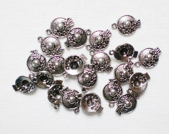 20 Hat 13 mm x 19 mm silver - metal creating jewelry charms