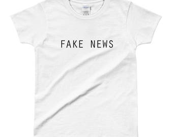 Fake News  - Ladies' T-shirt