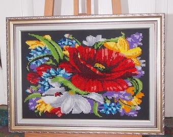 Painting canvas depicting flowers embroidered glass beads