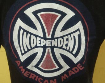 Vintage INDEPENDENT T Shirt Big Logo / Spell Out / Skateboards 90's shirt Skate T-shirt Independent America Made