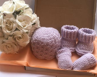 Handmade Crochet Baby Set. Hat, Booties and Scratch Mittens.