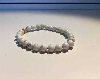Natural Bohemian White Howlite Stretchable Handmade Bead Bracelet