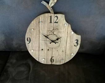 horloge en bois etsy. Black Bedroom Furniture Sets. Home Design Ideas