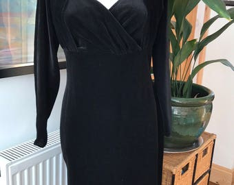 Black velvet dress, vintage black dress, velvet dress, 1980s dress, black 1980s dress, little black dress, LBD, size 12, size 14,