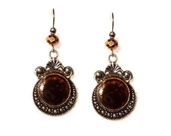 Earrings cabochon flat black and golden orange