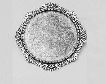 30mm silver plated brooch