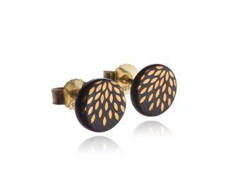 Earrings magic drops gold on black