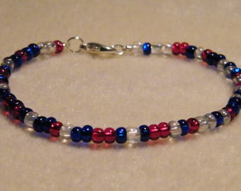 Red, white and blue glass seed beads bracelet