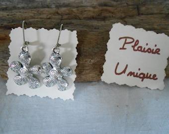 Earrings small silver flowers