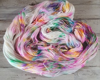 Today's Somebody's Birthday neon speckled | Fingering Sock Yarn | Superwash Merino Wool/Nylon | Handpainted Yarn
