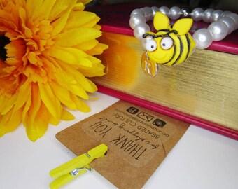Kids beaded Bee Critter Bracelet, Personalized Initial Bracelet, Children's Bracelet