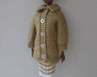 Coat + dress doll