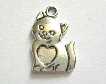 1 charm antique silver metal cat