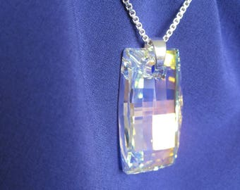Rectangle puff swarovski crystal pendant