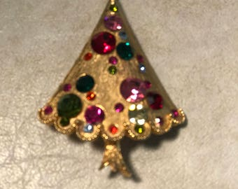 Christmas tree brooch with rhinestones