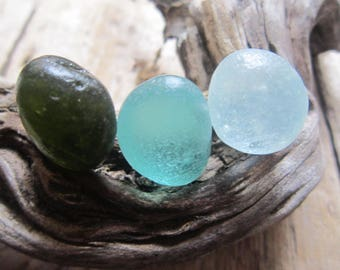 3 pcs sea Glass Egg-shape;color white,Green;Aqua/Beach Glass for Jewelry and Collection/Art.V-77
