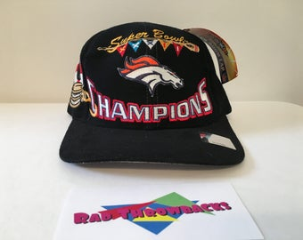 New Dead Stock Vintage 1998 Denver Broncos Super Bowl XXXII 32 Champions Logo Athletic Snapback Hat with Original Tags and Sticker
