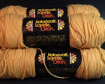 Vintage Kolorkraft Sayelle Orlon USA Knitting Worsted Size