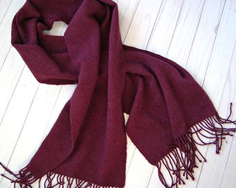 Hand woven womens alpaca scarf with fringes- Tweed women winter scarf- Burgundy scarf- Ladies woolen handwoven wrap- Merino wool wine scarf