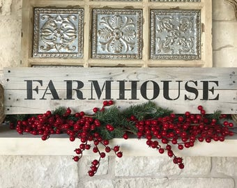 Rustic Farmhouse Sign