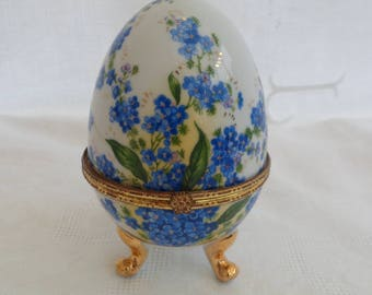 Porcelain small porcelain egg box & egg porcelain vintage porcelain box